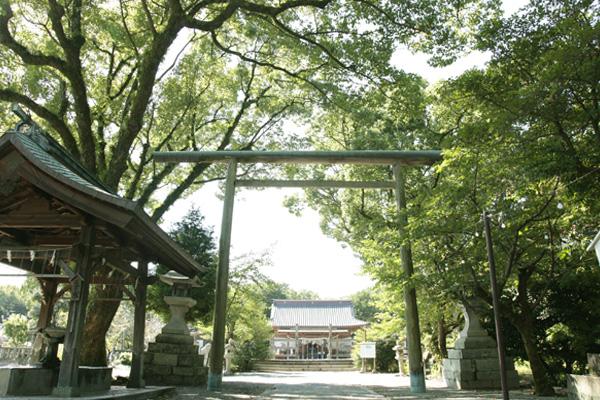 三柱神社2